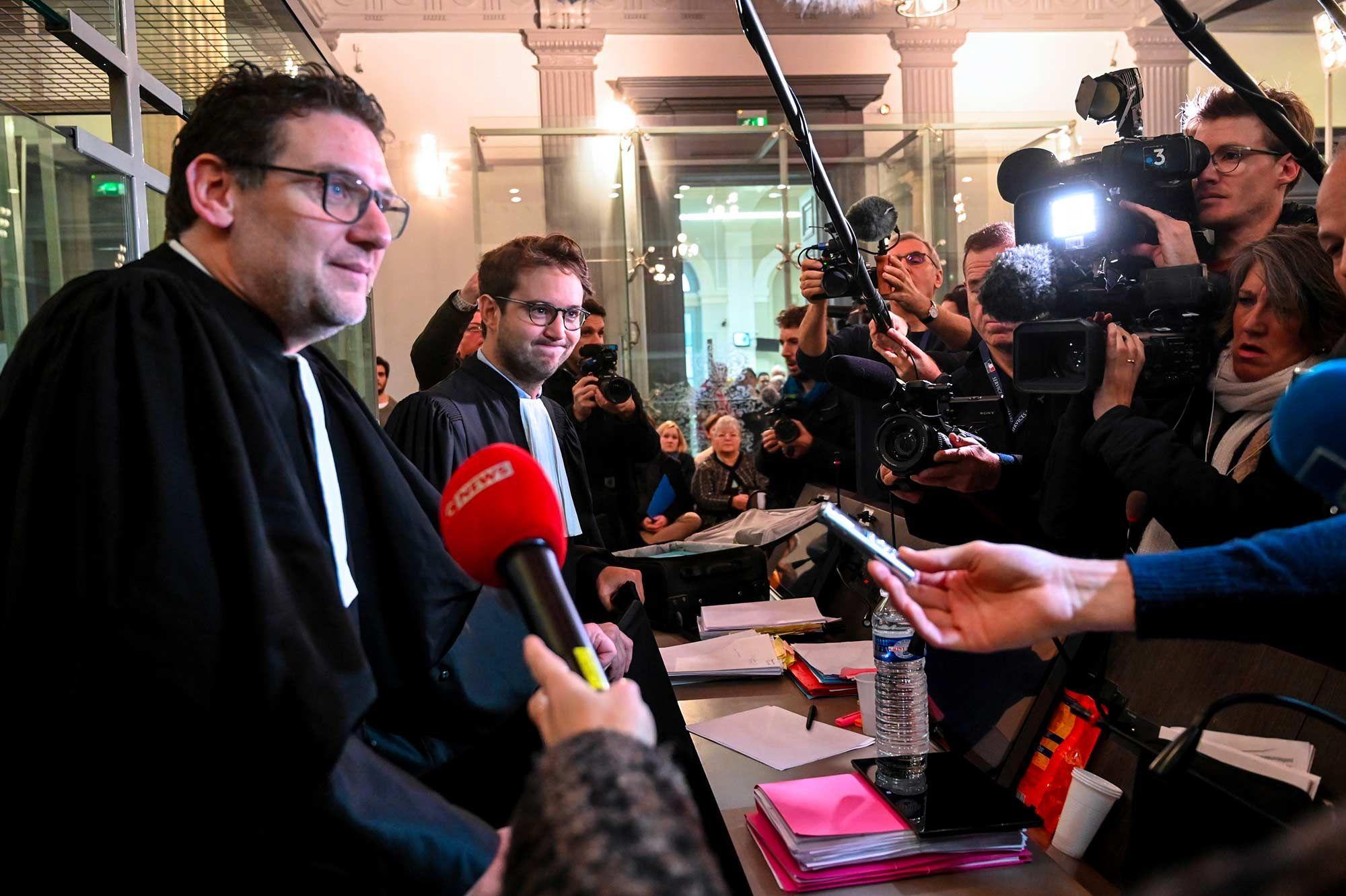 """Affaire Kulik : l'état de Willy Bardon """"continue de s'améliorer"""""""