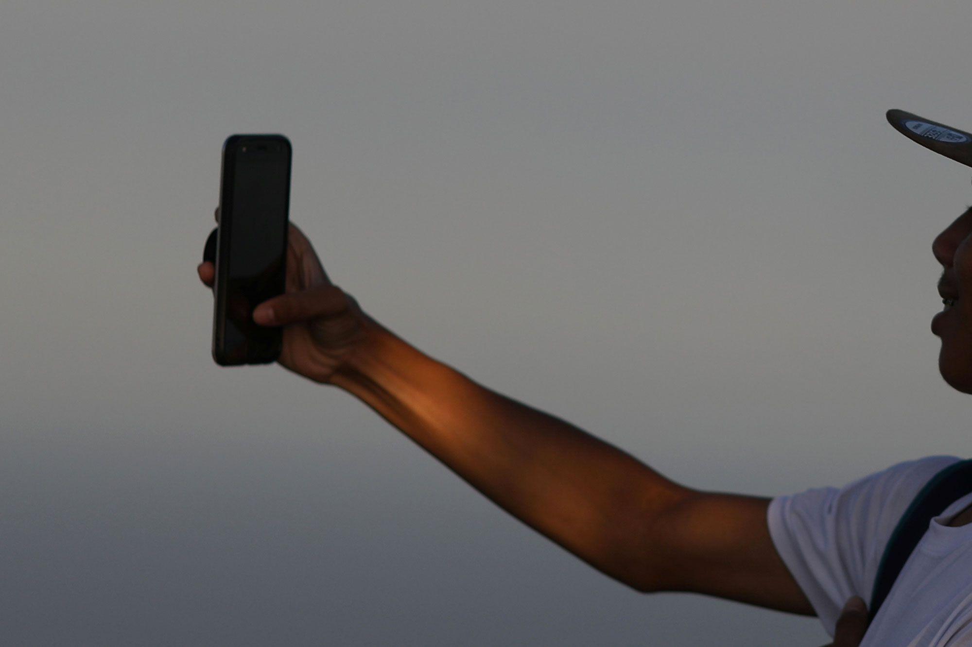 Un touriste français meurt en Thaïlande en se prenant en selfie
