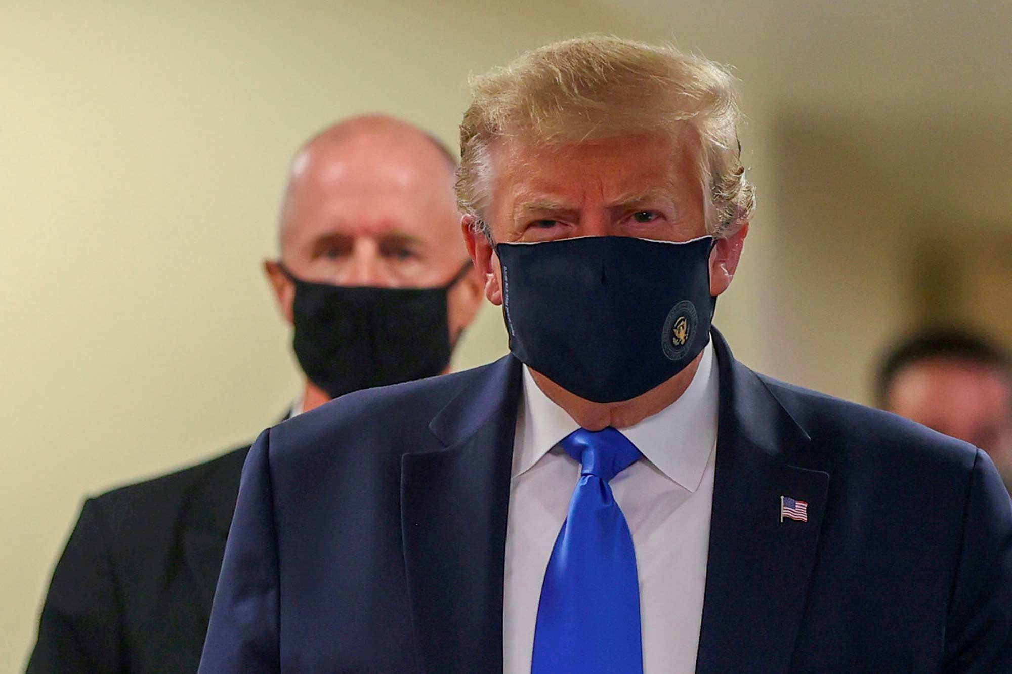 "Donald Trump encourage au port du masque, un geste ""patriotique"""
