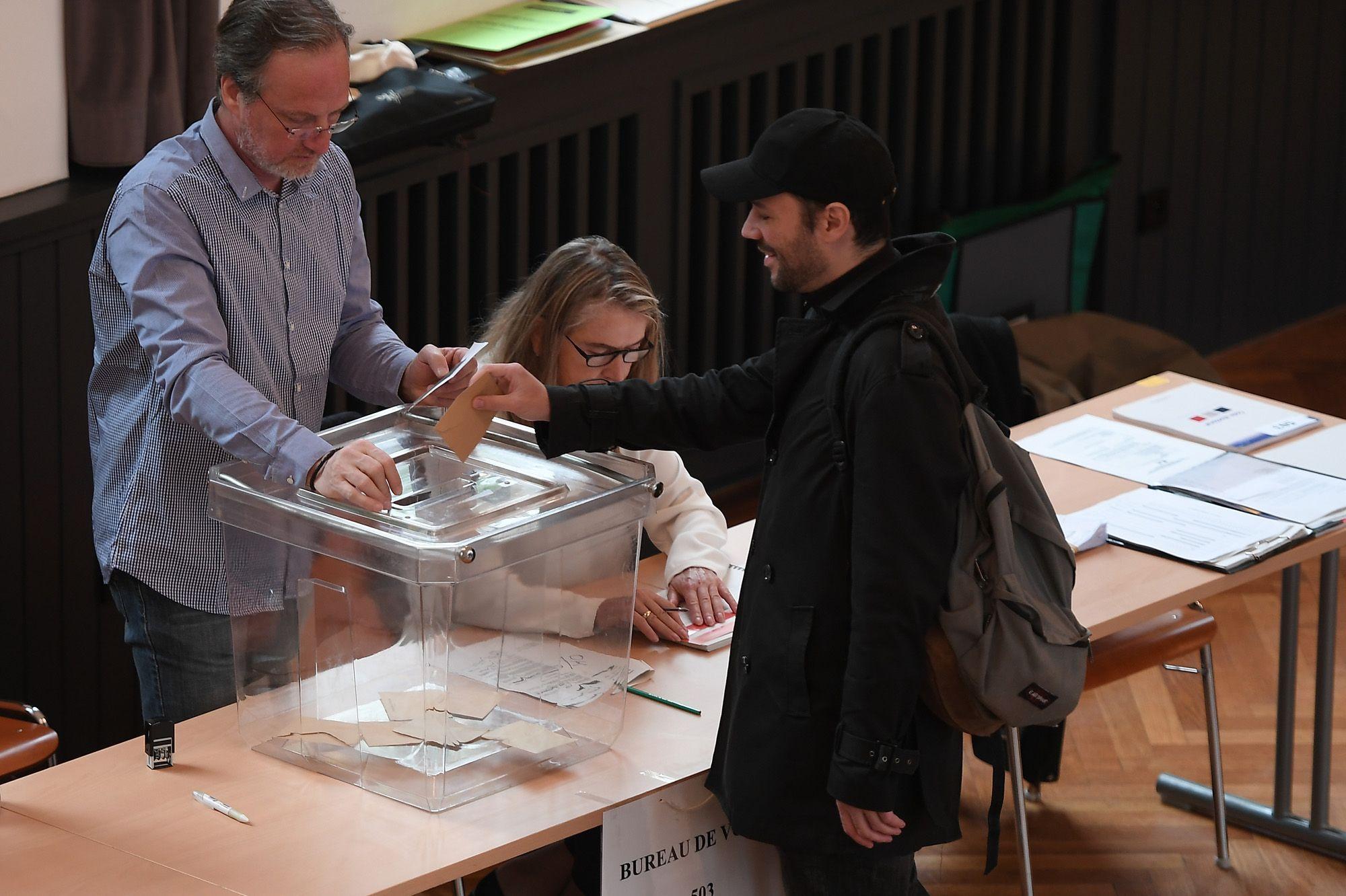 Présidentielle : le vote des Français de la Métropole a débuté