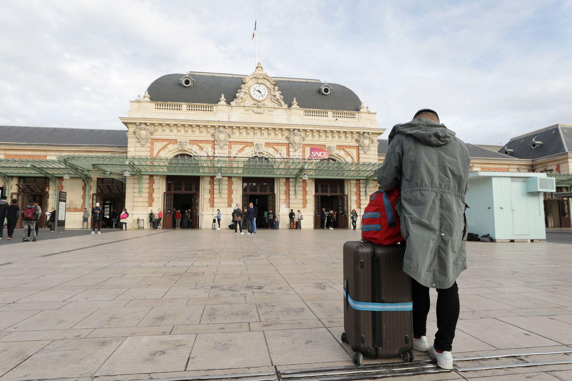 """SNCF: """"Les cheminots ne sont pas sanctionnables"""", affirme la CGT"""