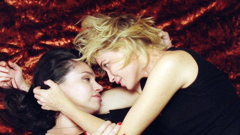 Filles sГ©duites par lesbienne