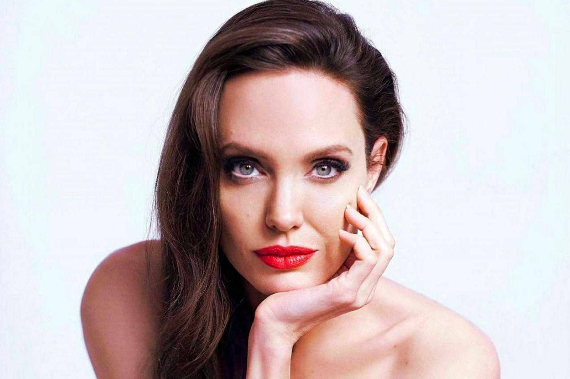 JolieSublime Guerlain JolieSublime Pour JolieSublime Angelina Angelina Pour Angelina Pour Guerlain HDE9Y2WI