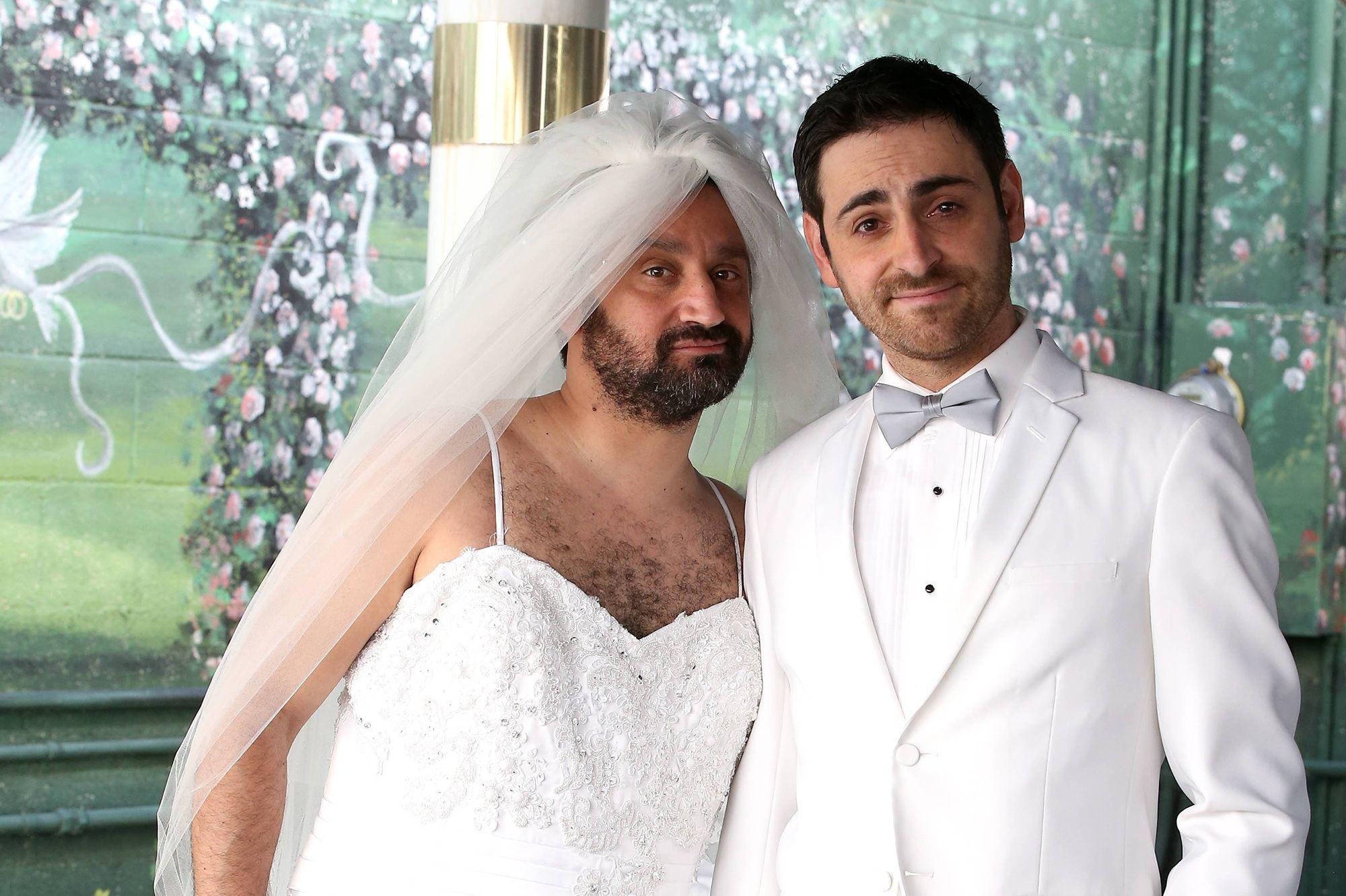 Découvrez le mariage déjanté de Cyril Hanouna et Camille