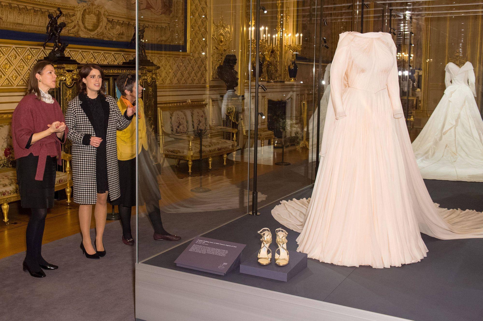 La Eugenie Ses Tout Dit Deux Princesse De Mariée D'york Robes TlJ31cFK