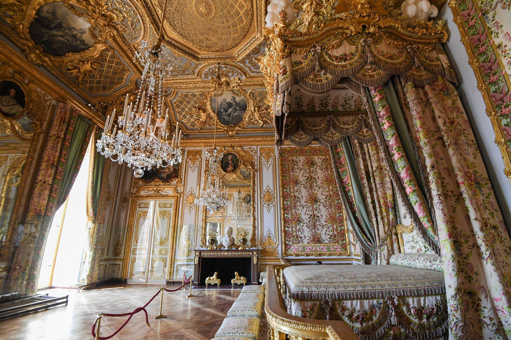 Restauré, le Grand Appartement de la Reine au château de Versailles dévoile  sa splendeur