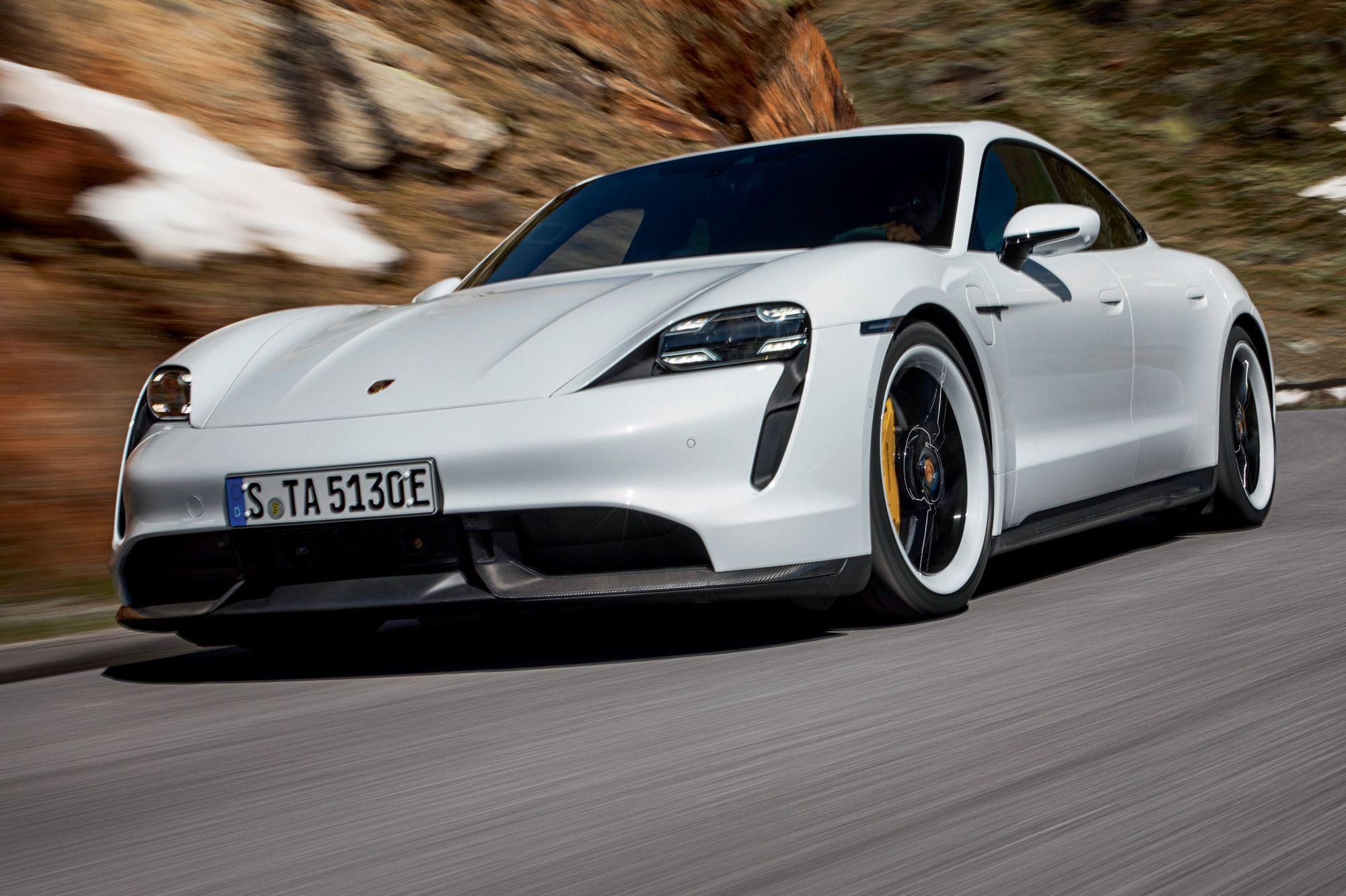 Porsche Taycan, la révolution électrique