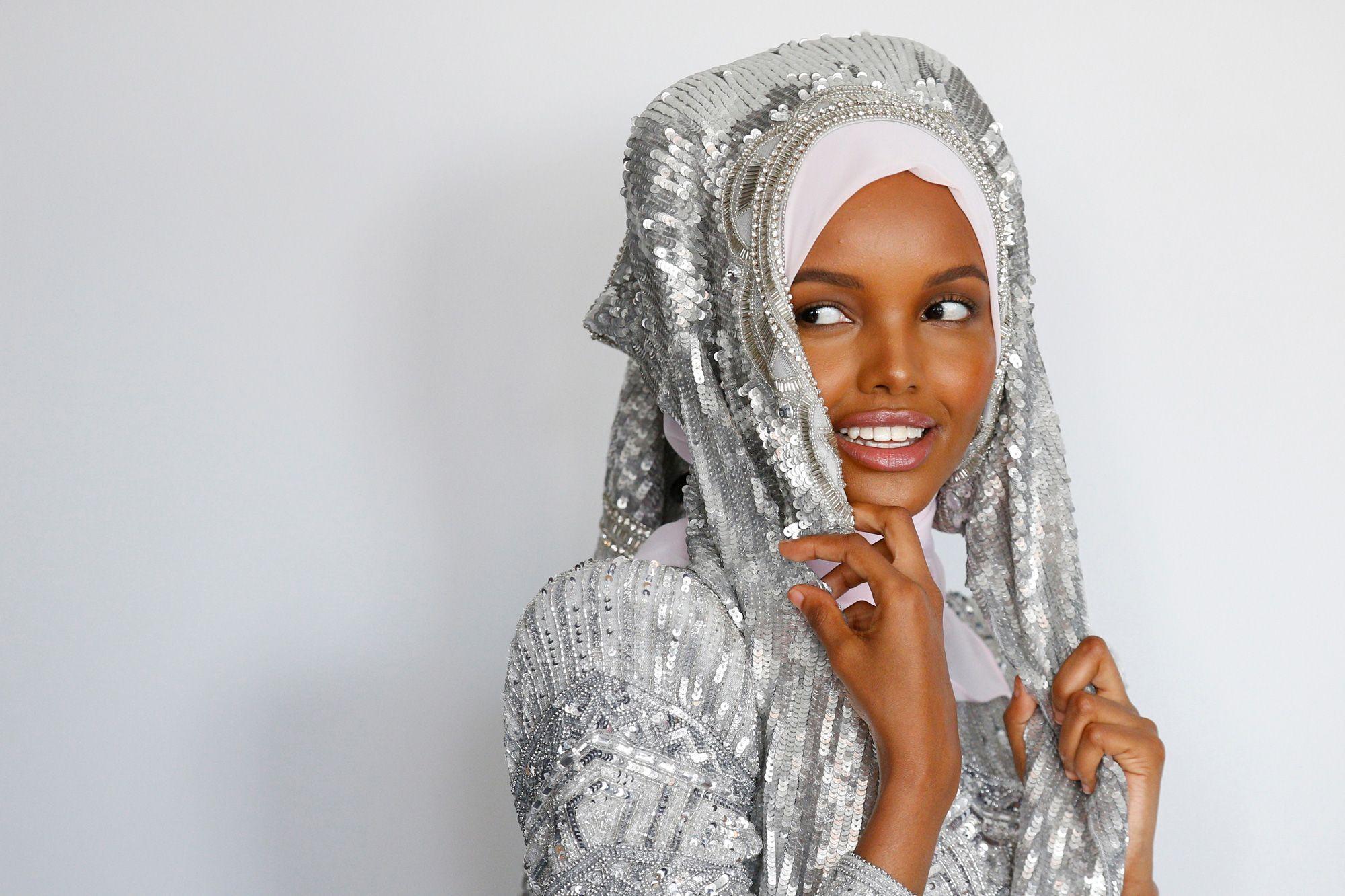 Des Princesse Aden19 AnsMusulmaneEt Halima Podiums gYb7yvf6