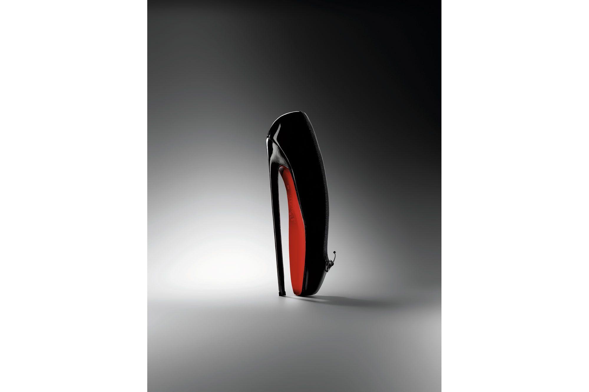 La chaussure en grande pompe