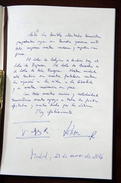 Le-message-de-condoleances-du-roi-Felipe-VI-et-de-la-reine-Letizia-d-Espagne-a-l-ambassade-de-Belgique-a-Madrid-le-23-mars-2016.jpg