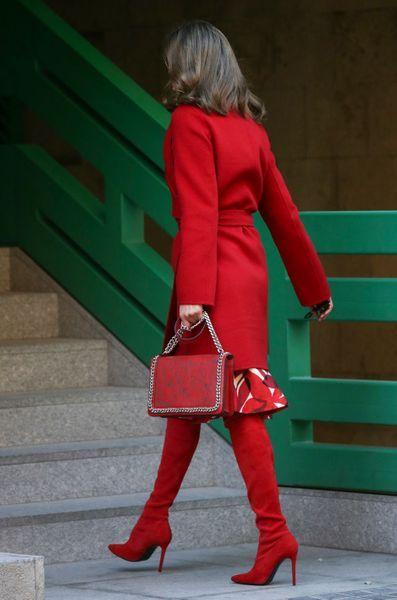 La Reine Letizia D'Espagne À Madrid, Le 21 Décembre 2017 1