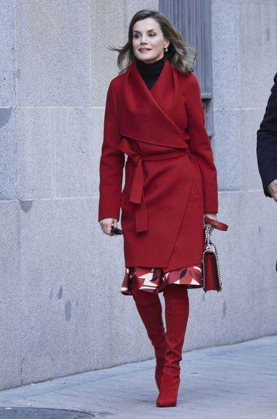 La Reine Letizia D'Espagne À Madrid, Le 21 Décembre 2017 8