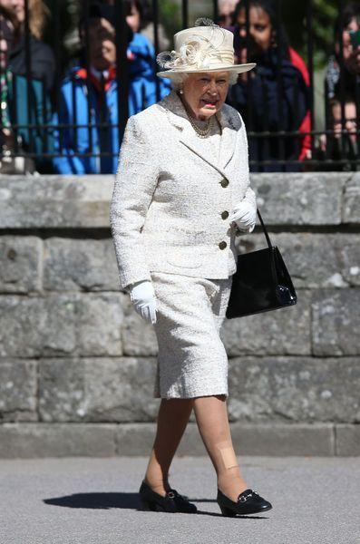 La-reine-Elizabeth-II-a-Balmoral-le-8-aout-2016.jpg
