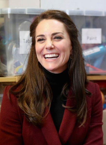 Kate-Middleton-En-Visite-Au-Centre-MIST-28.jpg