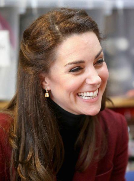 Kate-Middleton-En-Visite-Au-Centre-MIST-30.jpg