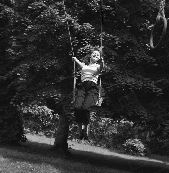 Brigitte Bardot 1952 Paris Match Photos 11