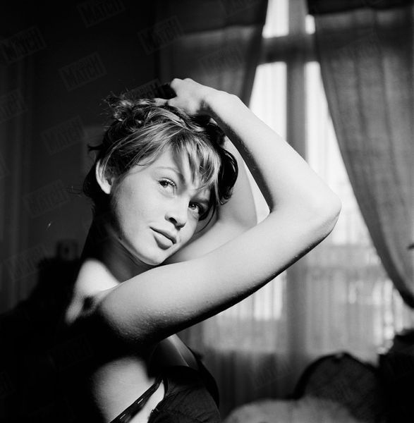 Brigitte Bardot 1952 Paris Match Photos 13