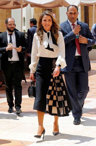 La Reine Rania Sacree A Cannes En Presence De Sarah Et Beatrice D York