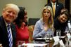 A la Maison Blanche, réunion de travail pour Donald et Ivanka Trump