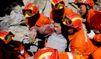Chine: Hu Jintao sur les lieux du tremblement de terre