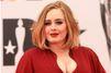 Adele aide une de ses fans à faire sa demande en mariage