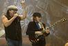 Le journal du hard (rock). 2 : AC/DC rebranche le courant