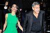 """George Clooney se sent """"idiot"""" quand il parle à sa femme"""