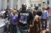 Après le meurtre d'un ado noir, l'appel au calme d'Obama