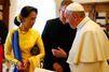 Le pape François reçoit Aung San Suu Kyi au Vatican