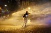 """Les émeutiers de Hambourg comparés à des """"néonazis"""" par un ministre allemand"""