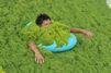 Les baigneurs chinois n'ont pas peur des algues