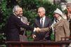 """Marek Halter : """"Entre Peres et Arafat, tout a commencé par une histoire de lunettes"""""""