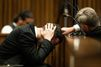 Oscar Pistorius craque sous le poids de son geste