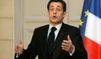 Face à la crise, Sarkozy dégringole