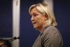 Marine Le Pen se défend
