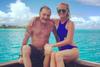 """Johnny Hallyday et Laeticia, leur """"bonheur parfait"""" à Tahiti"""