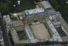 « Faubourg Saint-Honoré, hôt. part. XVIIIe, immenses volumes, soleil, parc privatif. A saisir »