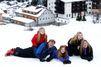 Joyeux shooting à la neige pour Maxima et ses filles