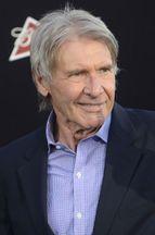 Harrison Ford s'éclate dans un toboggan géant