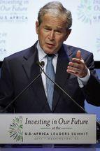 George W. Bush cède au seau d'eau glacée