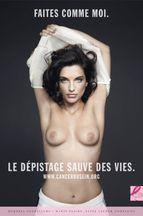 Pauline Delpech: poitrine nue pour combattre le cancer
