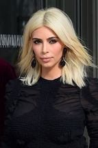 "Kim Kardashian, platine et pulpeuse pour ""Elle"""