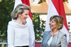 La reine Mathilde, toute souriante au sommet germanophone