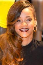 Rihanna plume Topshop