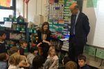 Alain Juppé, en campagne dans une école à Brooklyn