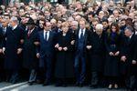 Les chefs d'Etat défilent à Paris