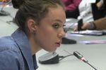 Egalité des sexes : les lycéens débattent avec les politiques