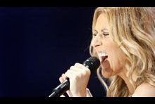 "Céline Dion chante ""We Are The World"" pour Haïti"