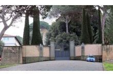 "En direct de Castel Gandolfo, la ""forteresse"" imprenable"
