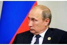 Critiqué et vexé, Poutine claque la porte